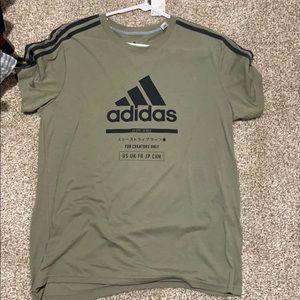 New Men's Large green Adidas T-Shirt